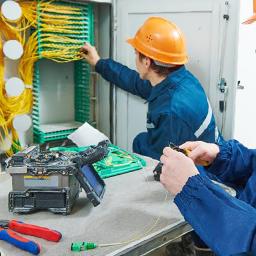 industrie-Monteur-câbleur